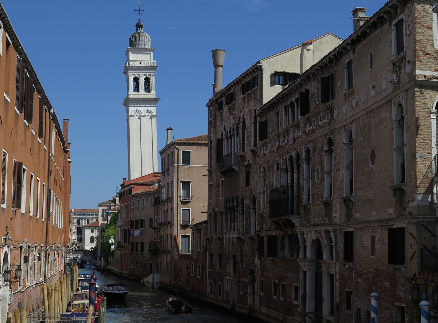 Italy-Venice-Sights-Leaning-Tower