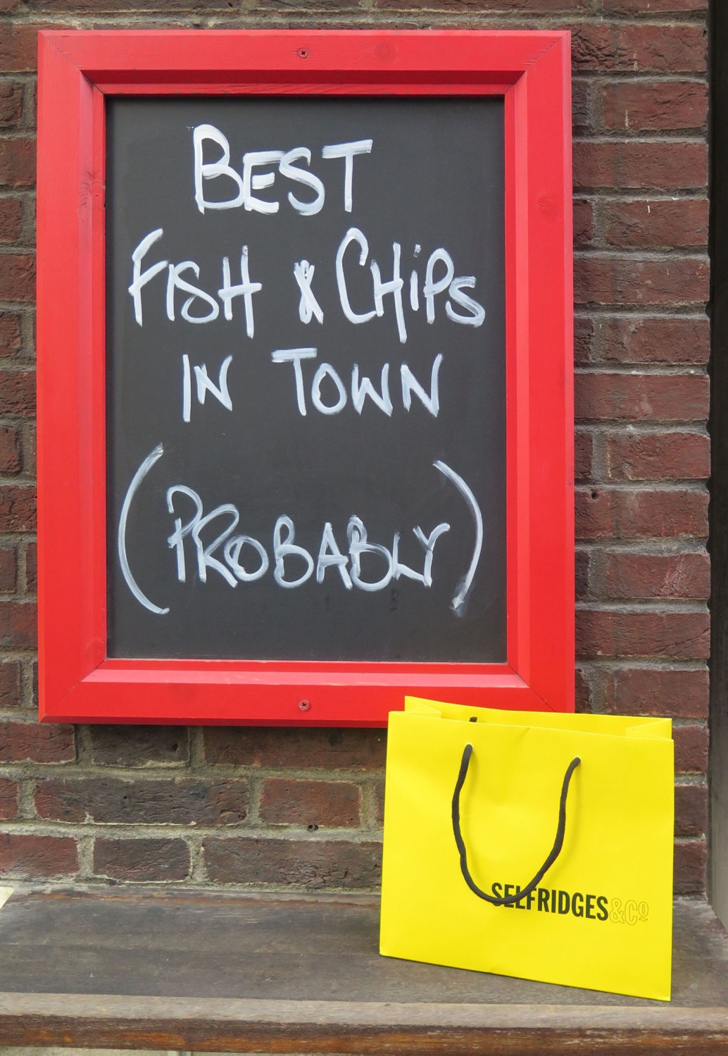 England-London-Street-Scenes-Best-Fish-And-Chips