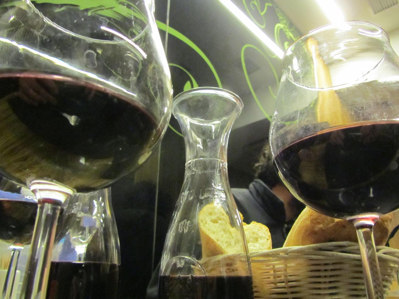 Camino-De-Santiago-Food-And-Drink-Vino