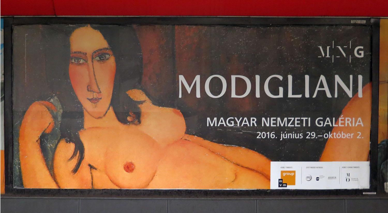 hungary-budapest-street-scenes-art-musem