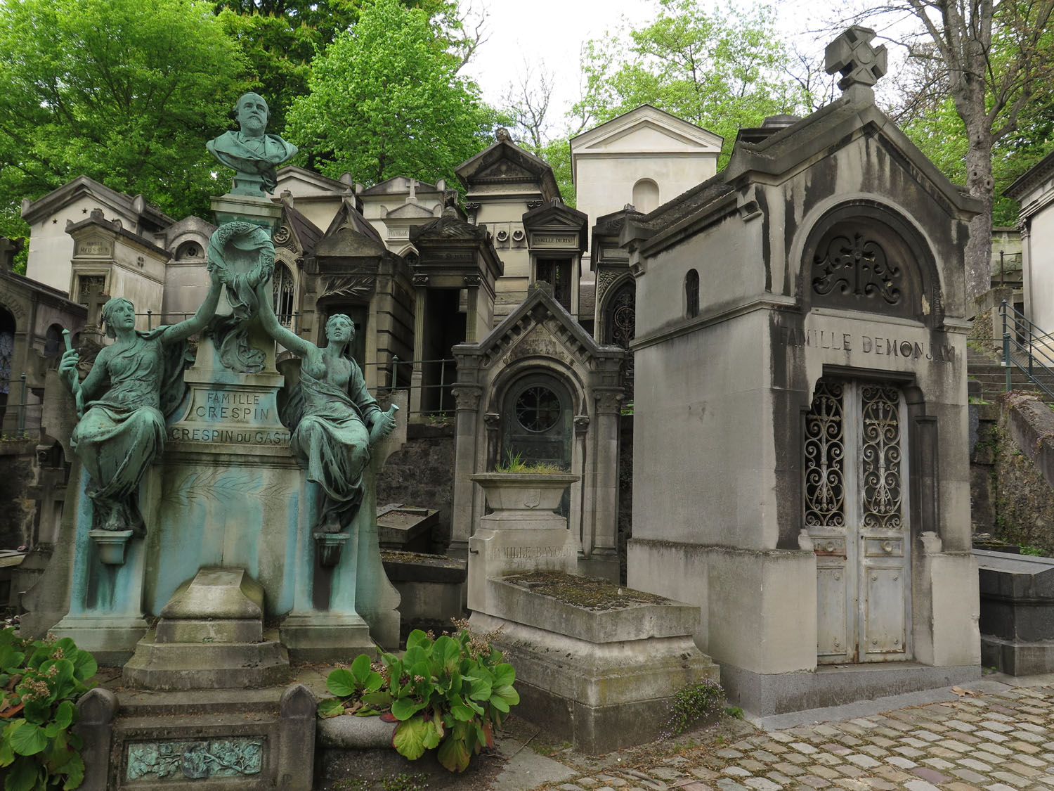 France-Paris-Pere-Lachaise-Cemetery