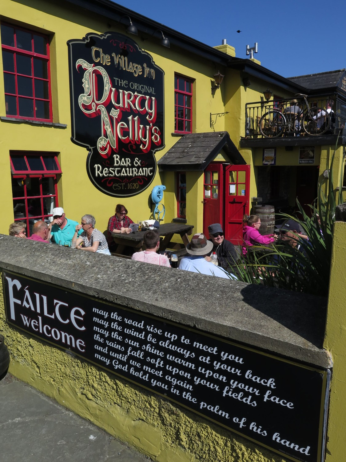 Ireland-Sights-And-Scenery-Bunratty-Durty-Nellies