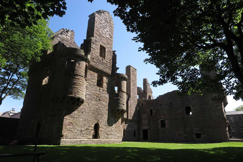 Scotland-Orkney-Kirkwall-Castle-Ruin