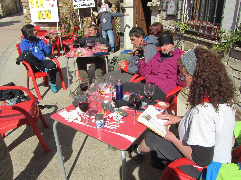 Camino-De-Santiago-People-Vino
