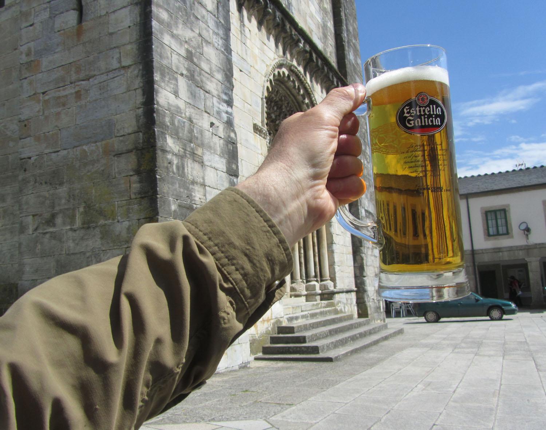 Camino-De-Santiago-Food-And-Drink-Cerveza