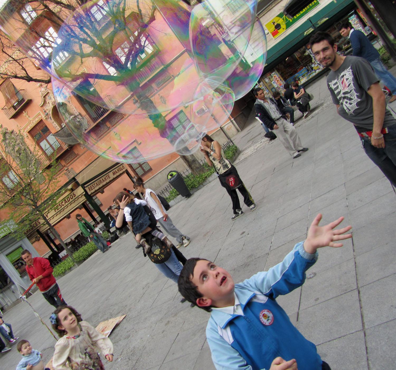 Spain-Granada-Bubbles