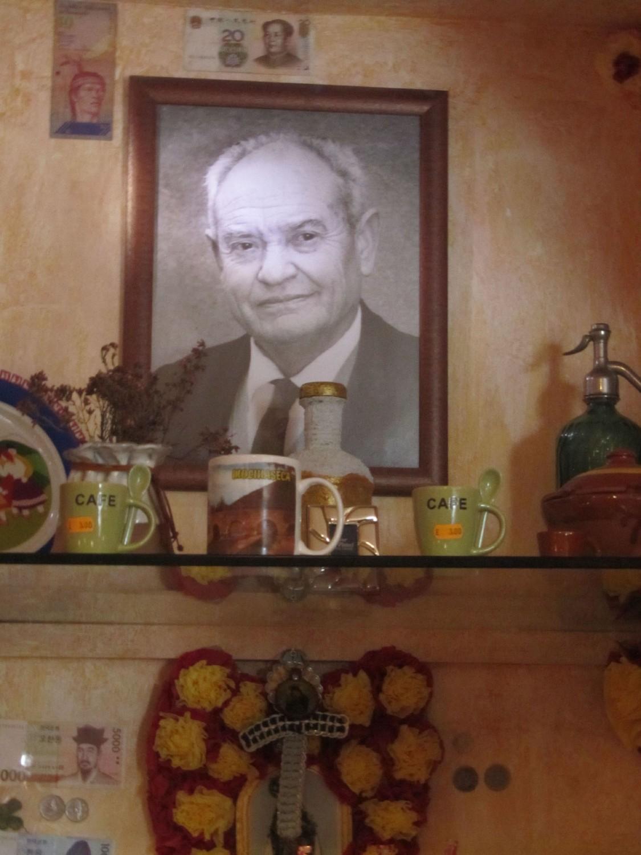 Camino-De-Santiago-Memorials-Pepe