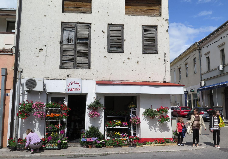 Bosnia-Mostar-Street-Scenes-Flower-Shop