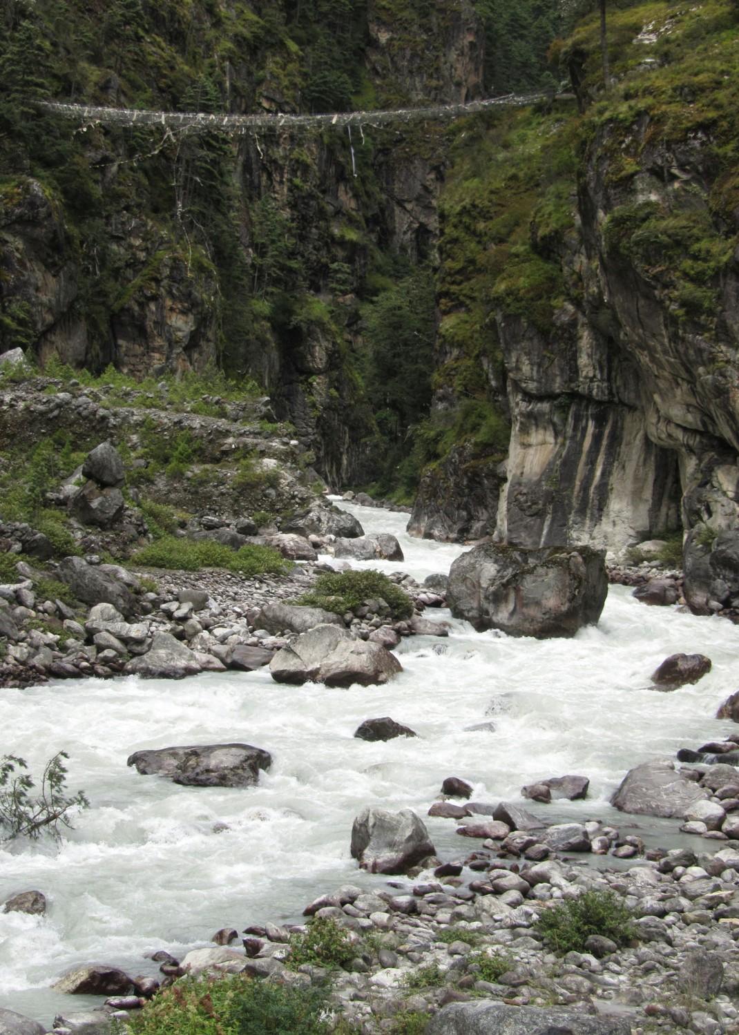 Nepal-Everest-Region-Trek-Day-02-High-Bridge