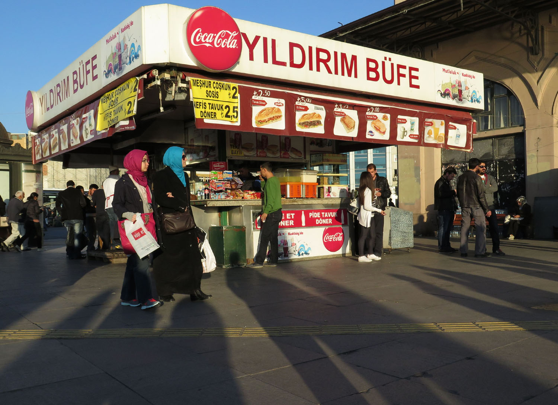 Turkey-Istanbul-Street-Scenes-Kebab