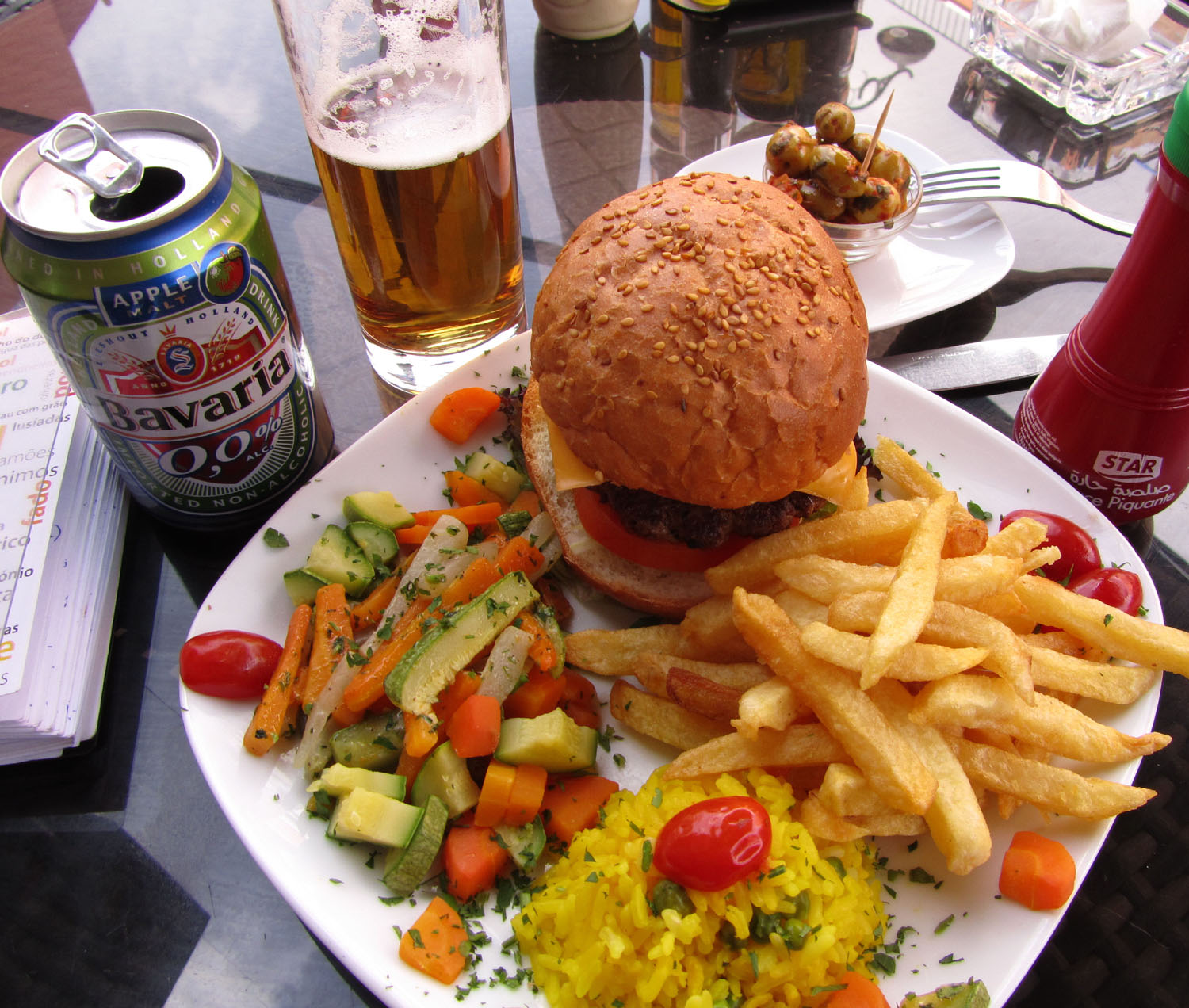 Morocco-Marrakech-Burger-Beer
