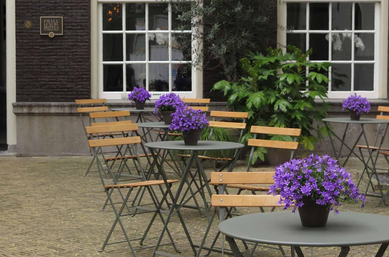 Netherlands-Amsterdam-Courtyard