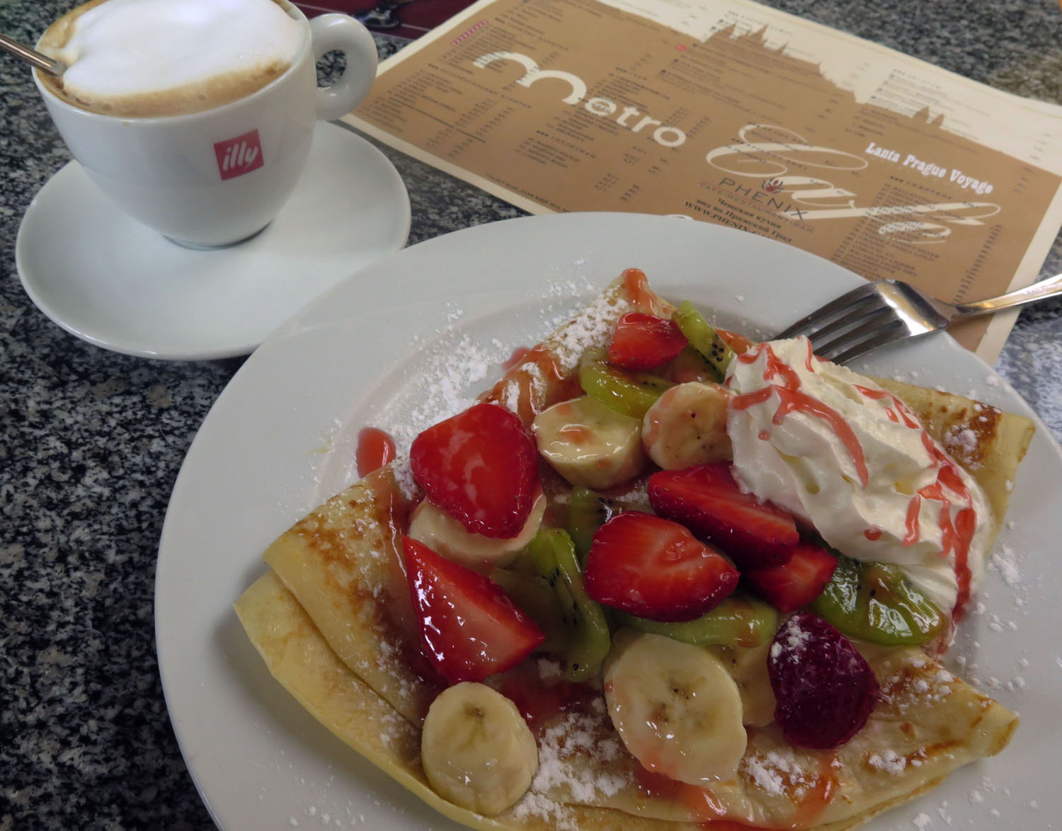czech-republic-prague-food-and-drink-crepes