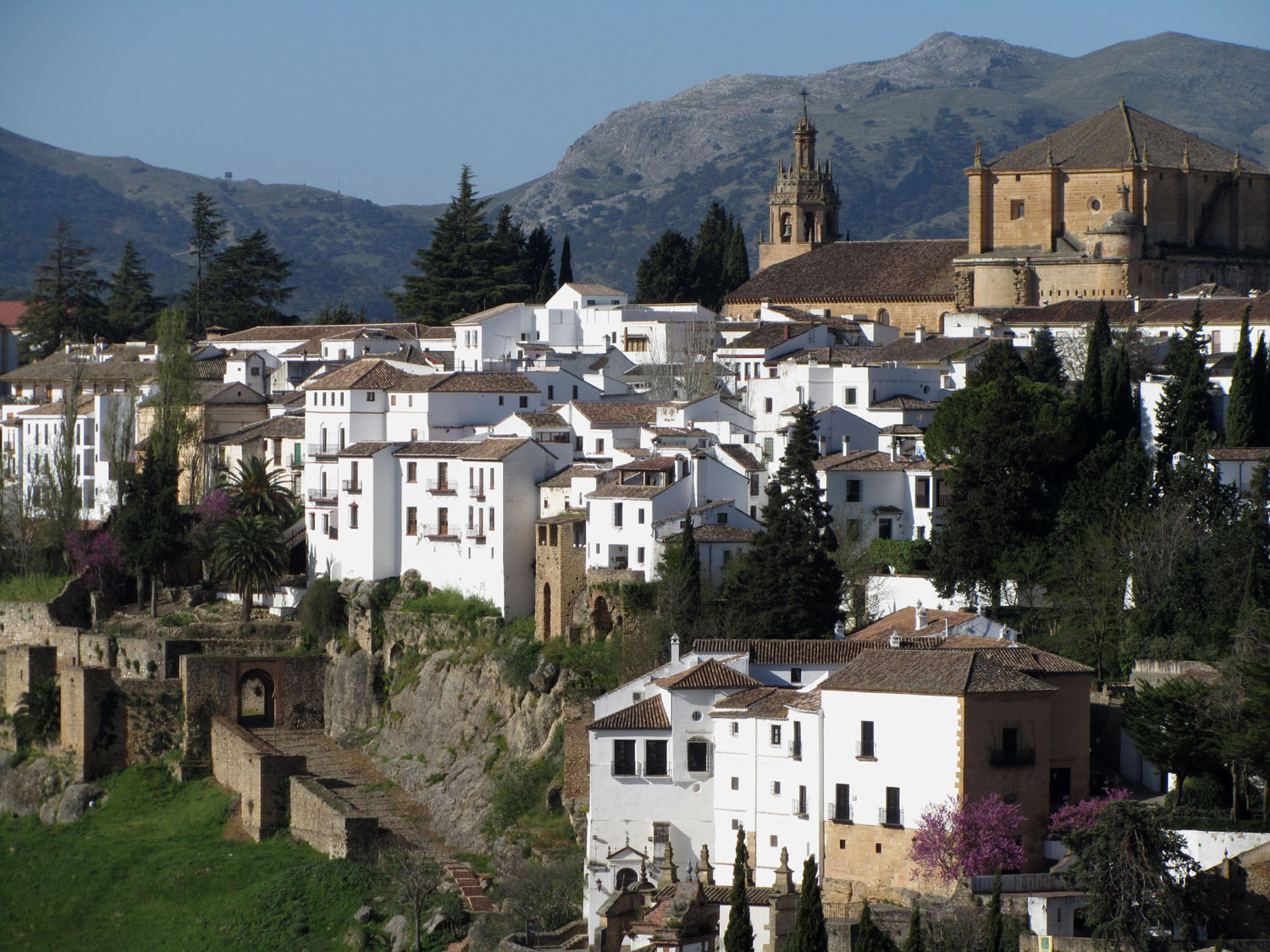 Spain-Ronda-Whitewashed