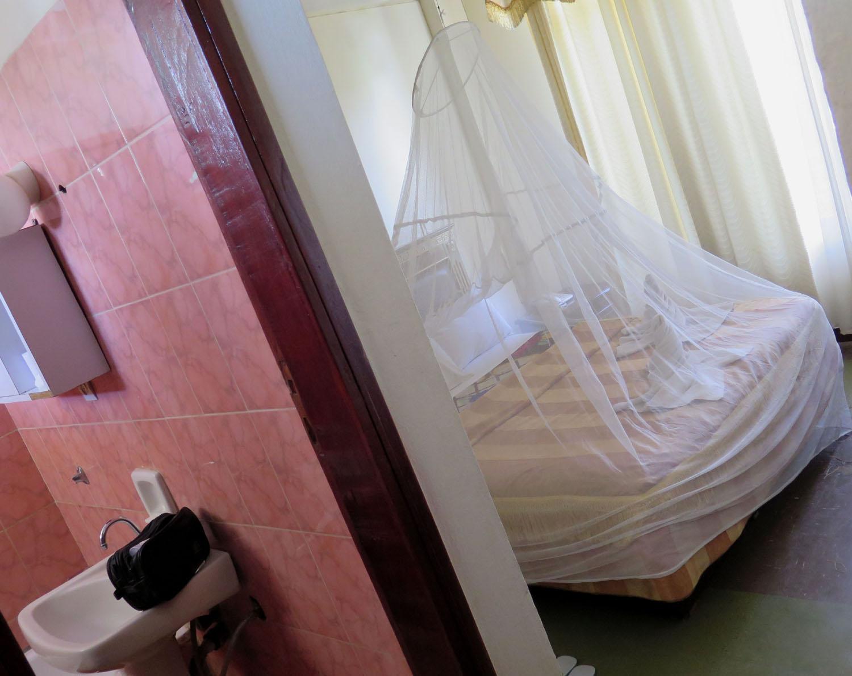 Ethiopia-Bahir-Dar-Hotel-Mosquito-Net