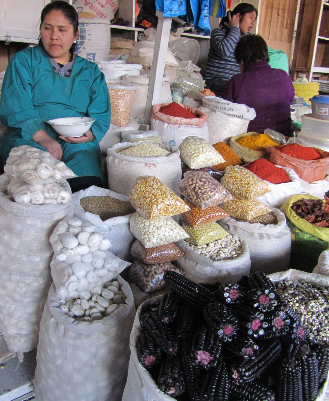 Peru-Cusco-San-Pedro-Mercado