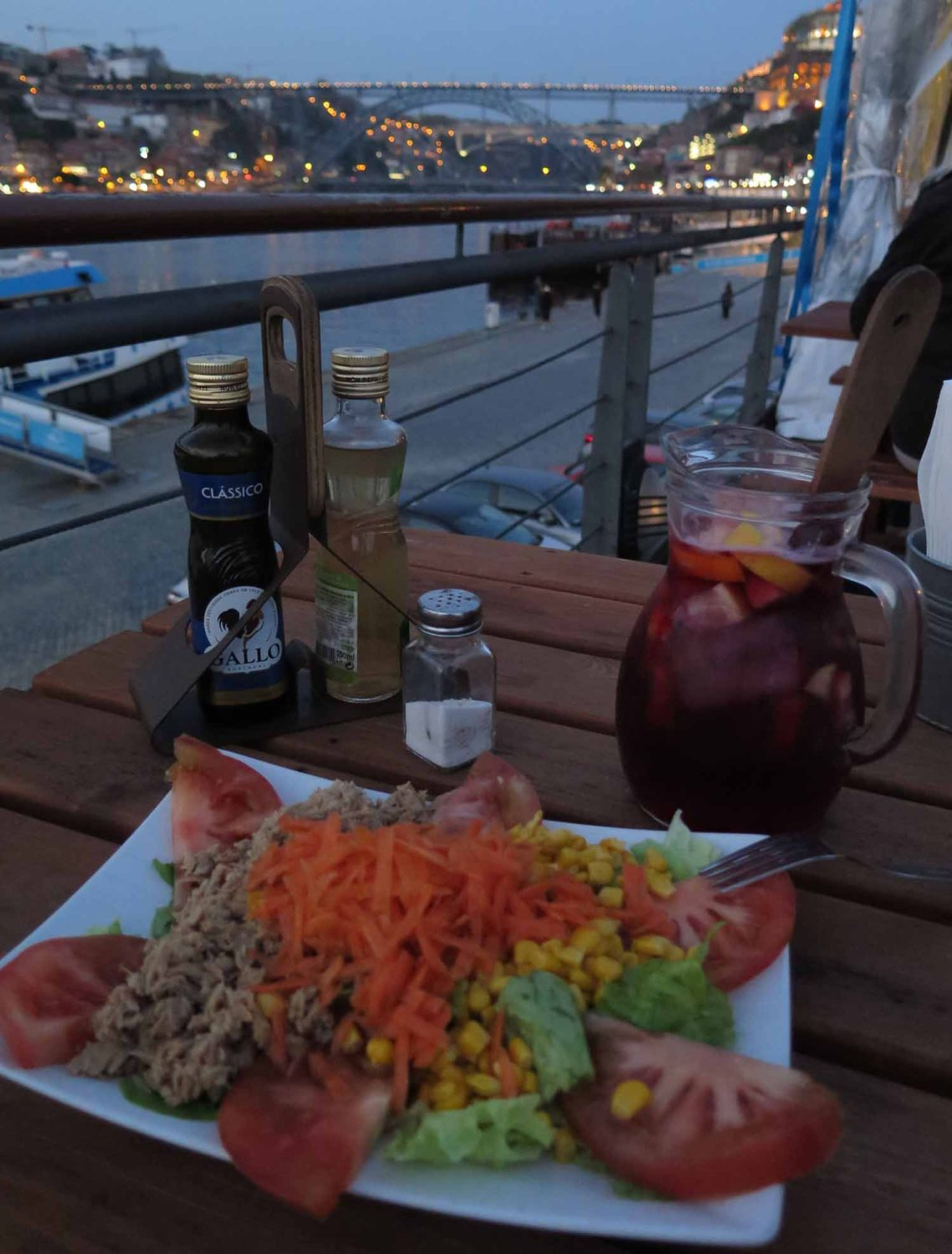 portugal-porto-salad-sangria-bridge