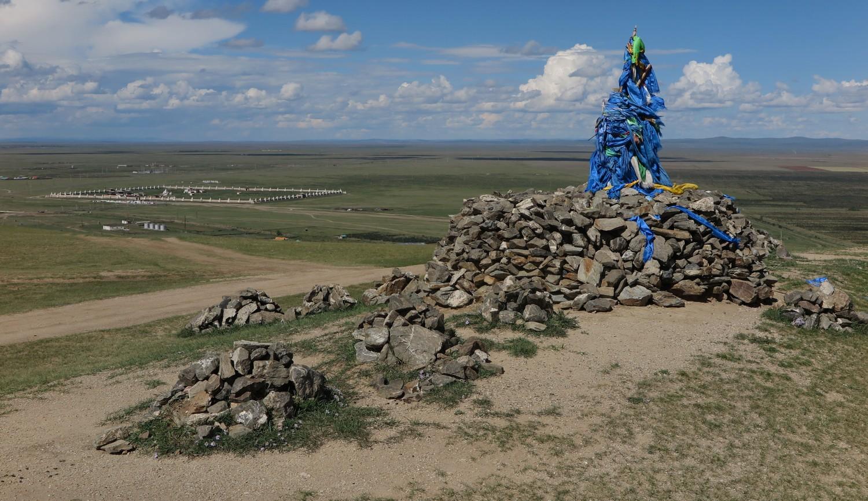 Mongolia-Karakorum-Buddhist-Monastery-Cairn