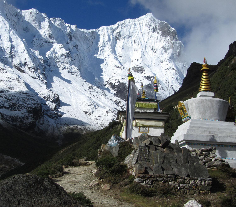 Nepal-Everest-Region-Trek-Day-07-Thame-Stupa