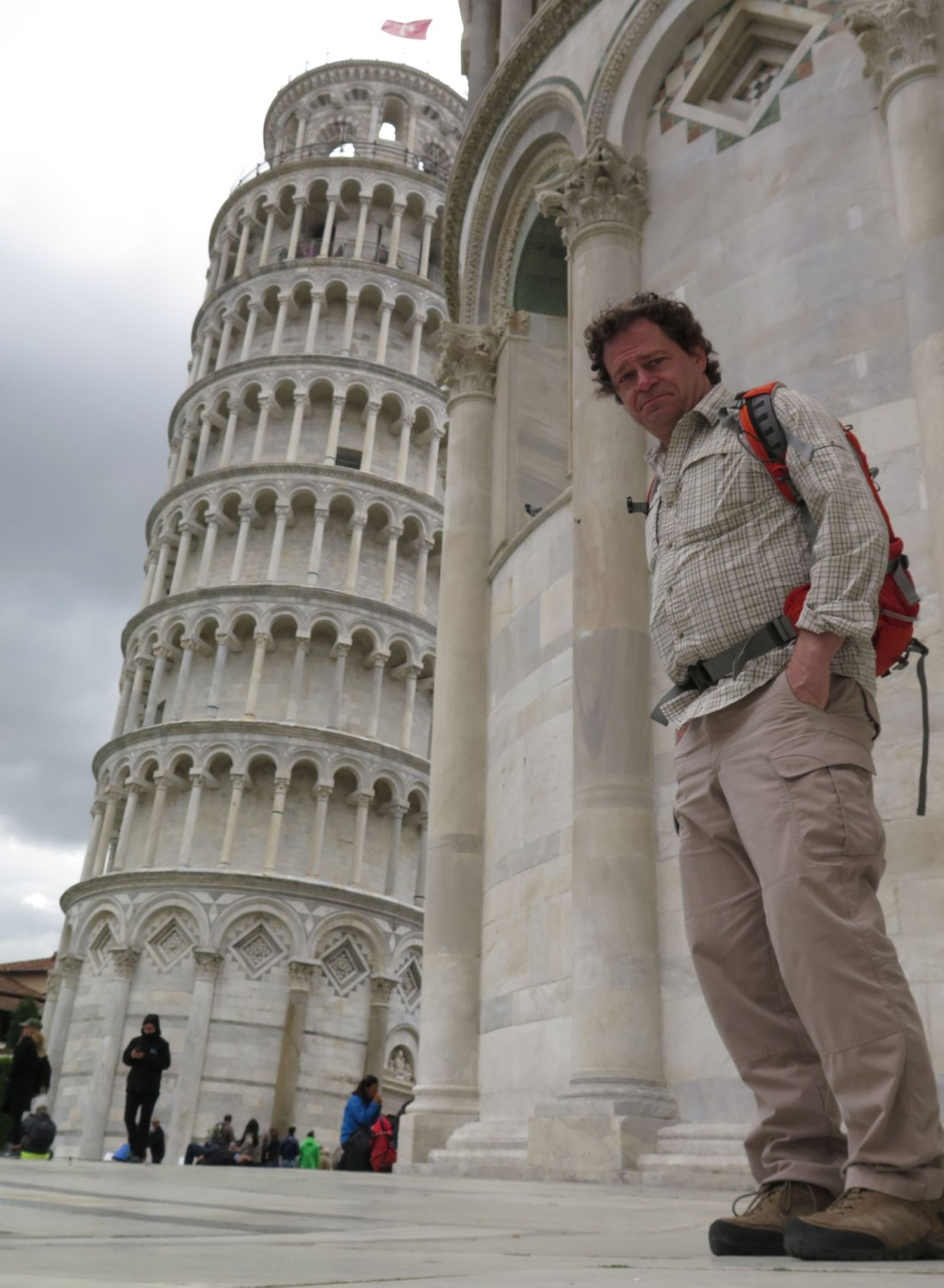 Italy-Pisa-Leaning-Tower-Frank