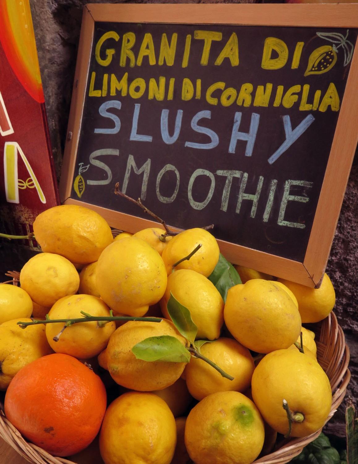 Italy-Cinque-Terre-Food-And-Drink-Lemonade