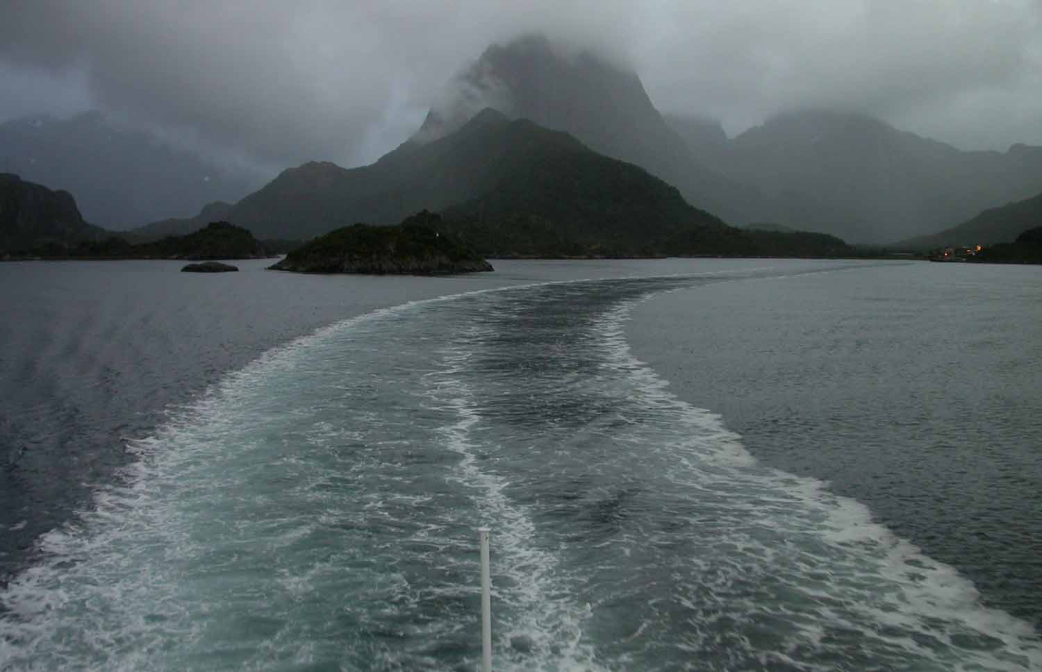 Norway-Lofoten-Islands-Ferry