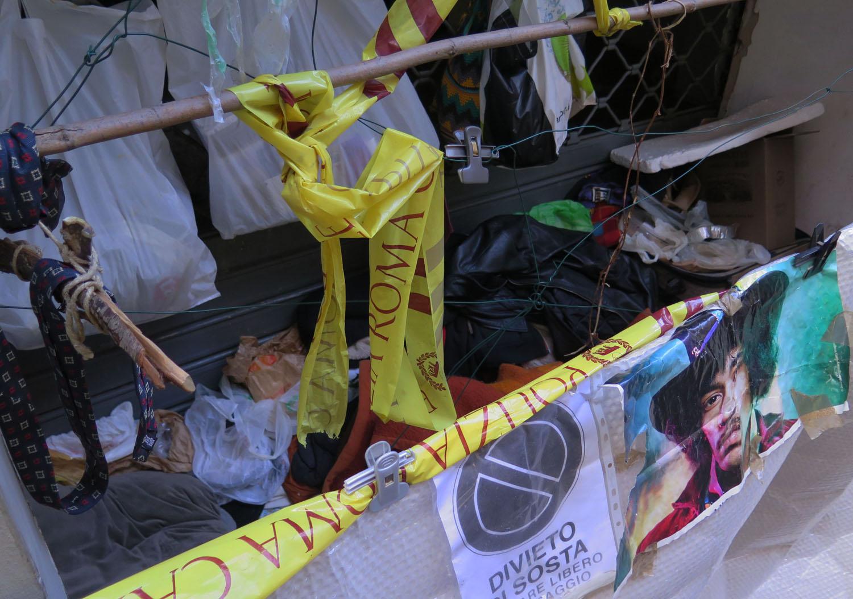 Italy-Rome-Street-Scenes-Homeless