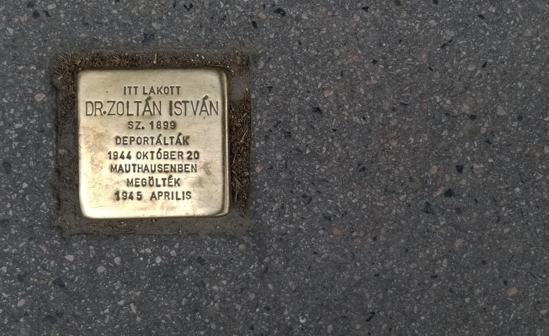 Hungary-Budapest-Holocaust-Victim-Memorial-Plaque-1