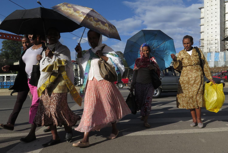 Ethiopia-Addis-Ababa-Street-Scenes-Ladies