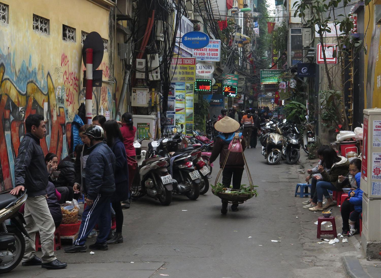 Vietnam-Hanoi-Street-Scenes-Market