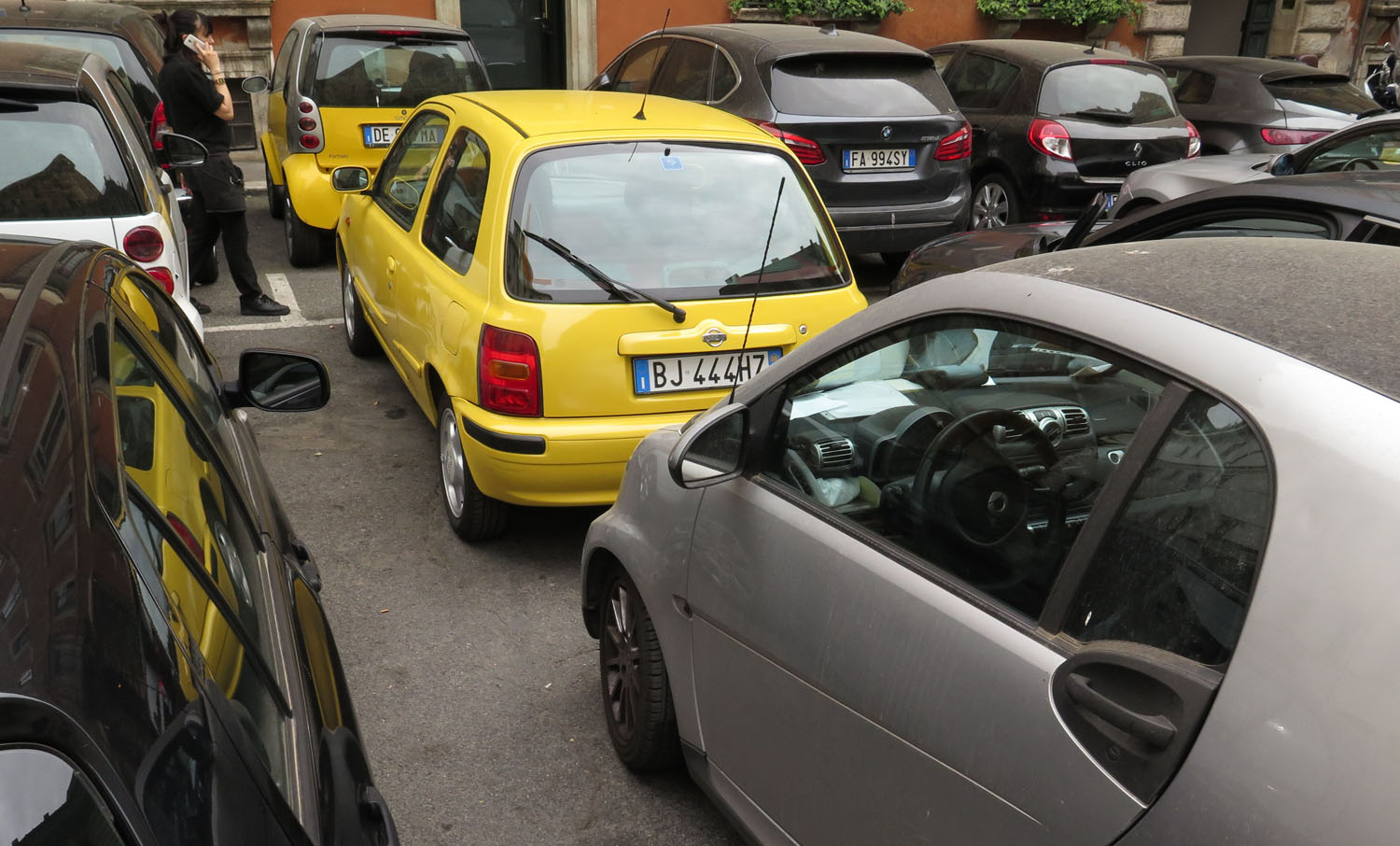 Italy-Rome-Street-Scenes-Parking