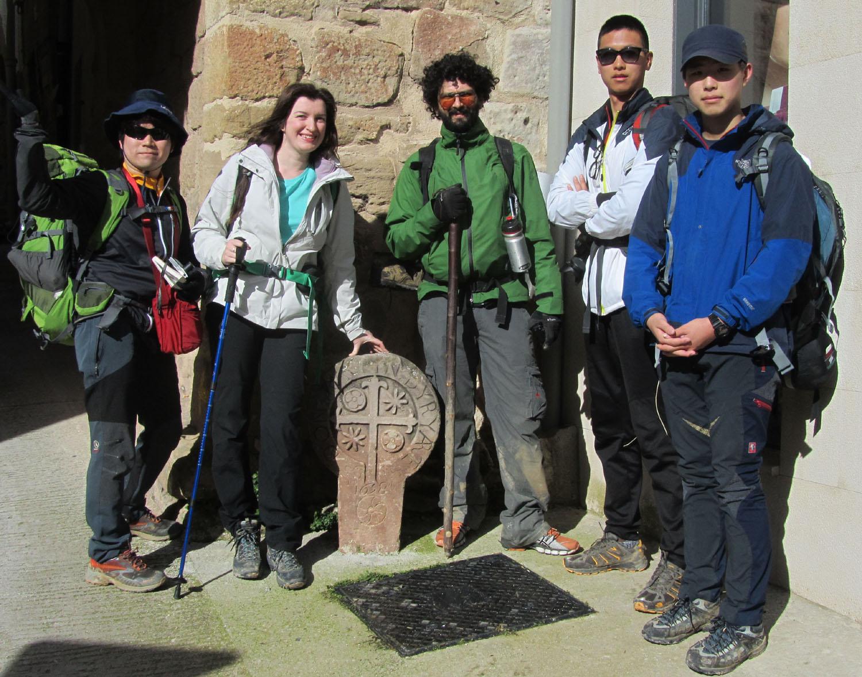 Camino-De-Santiago-People-Friends