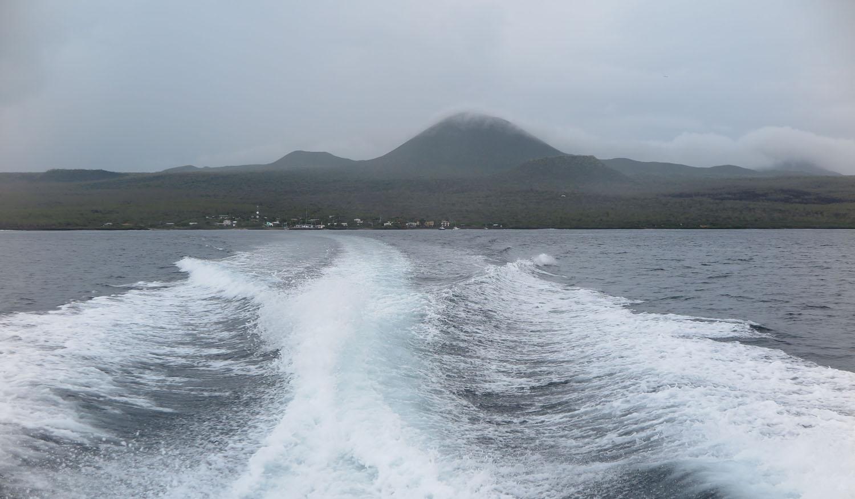 Ecuador-Galapagos-Scenery-Wake