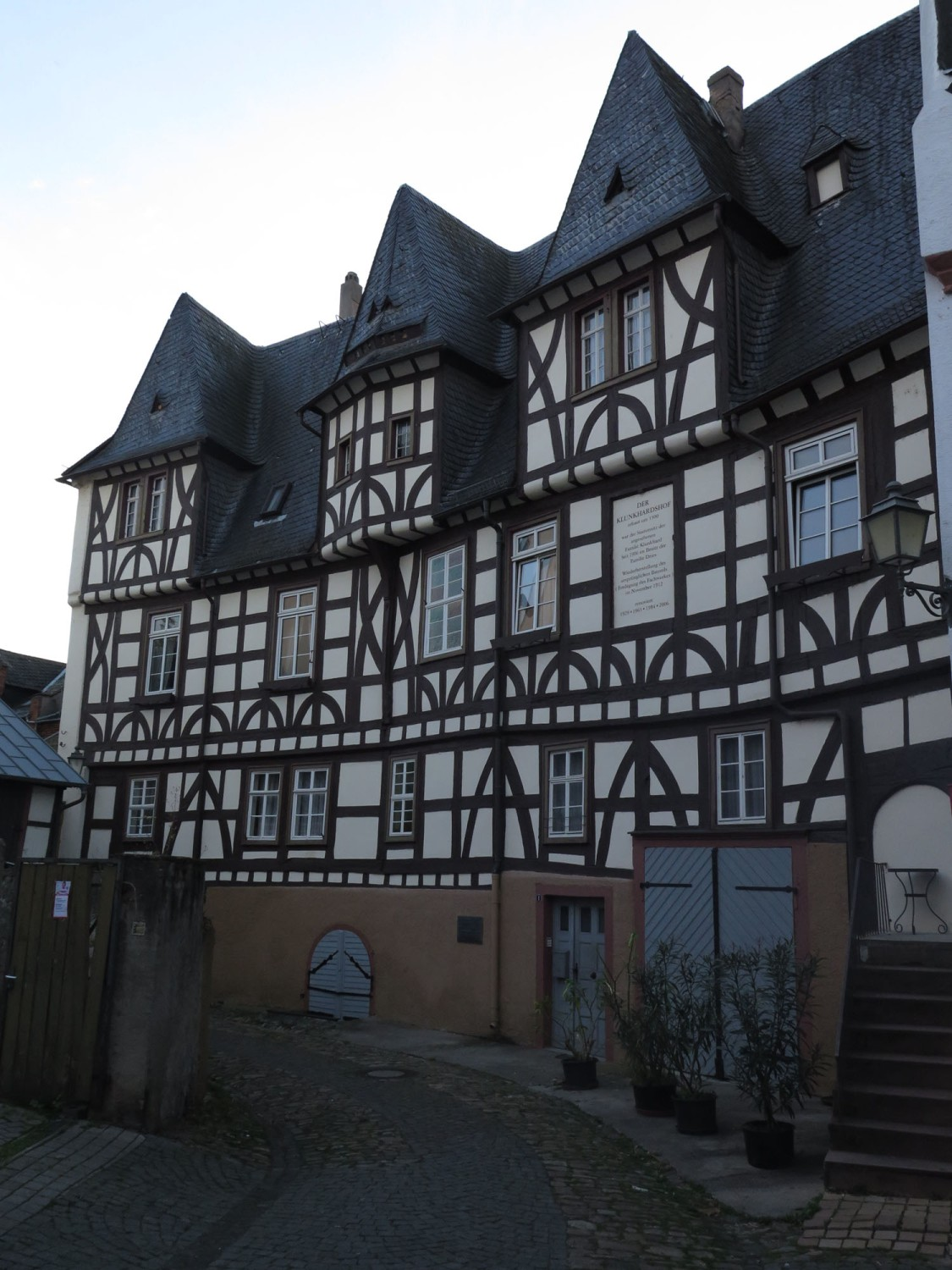 Germany-Rhine-River-Valley-Rudesheim-Wood-Frame-Building