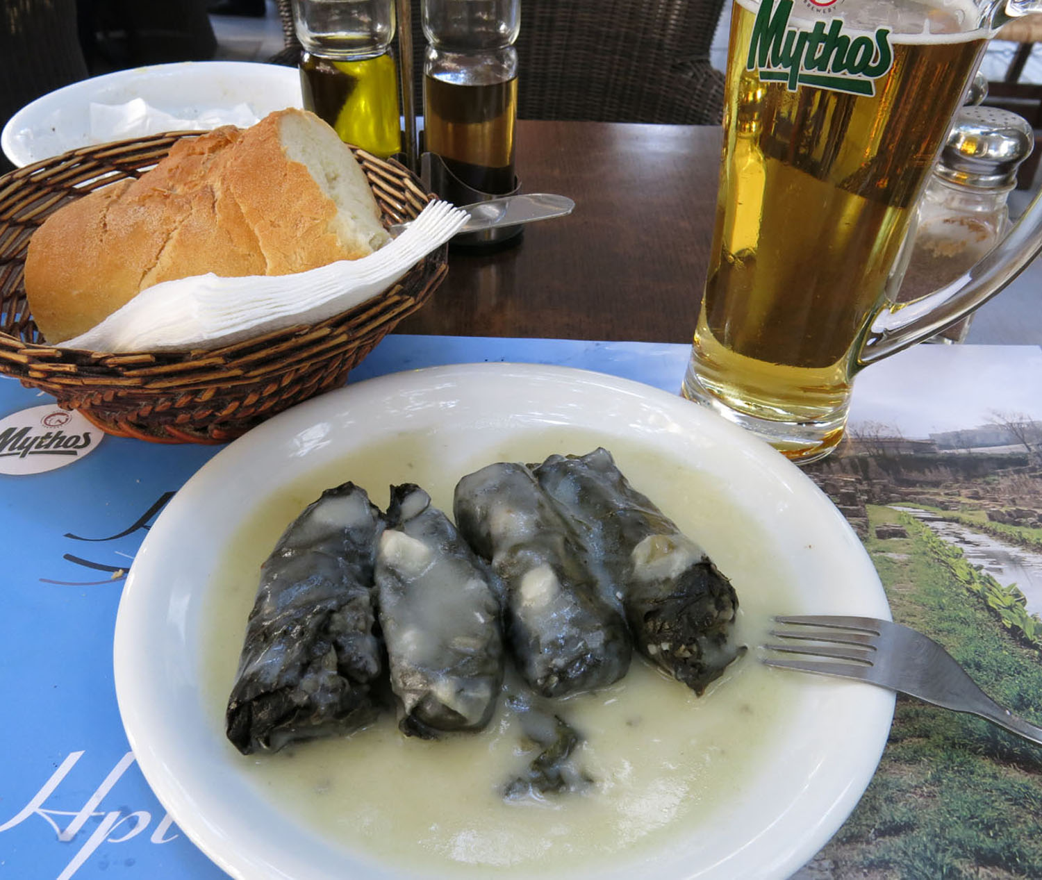 Greece-Food-And-Drink-Stuffed-Grape-Leaves