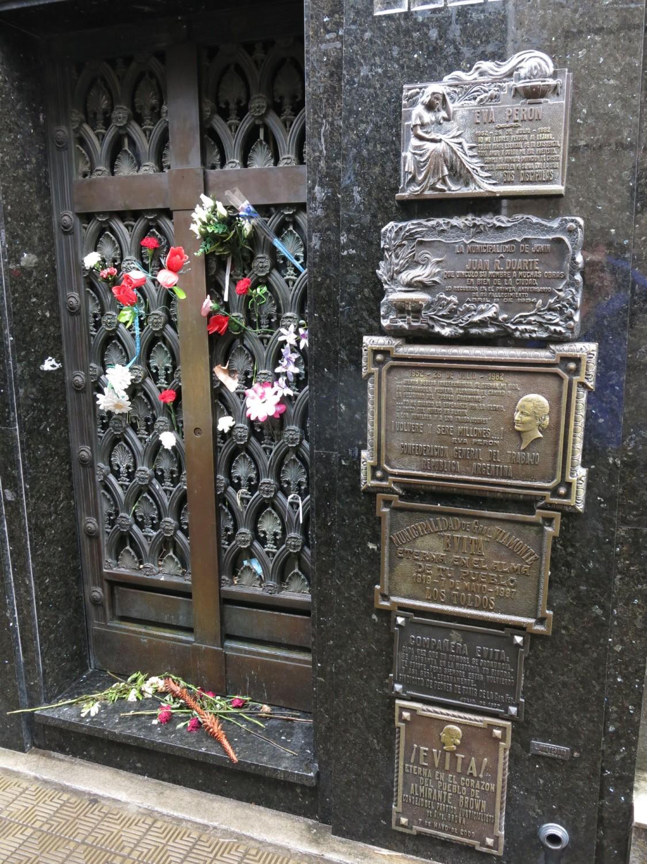 Argentina-Buenos-Aires-Recoleta-Cemetery-Eva-Peron
