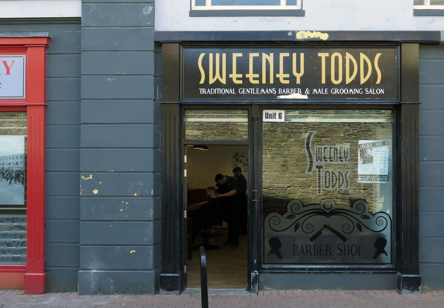 Northern-Ireland-Derry-Londonderry-Street-Scenes-Sweeney-Todds