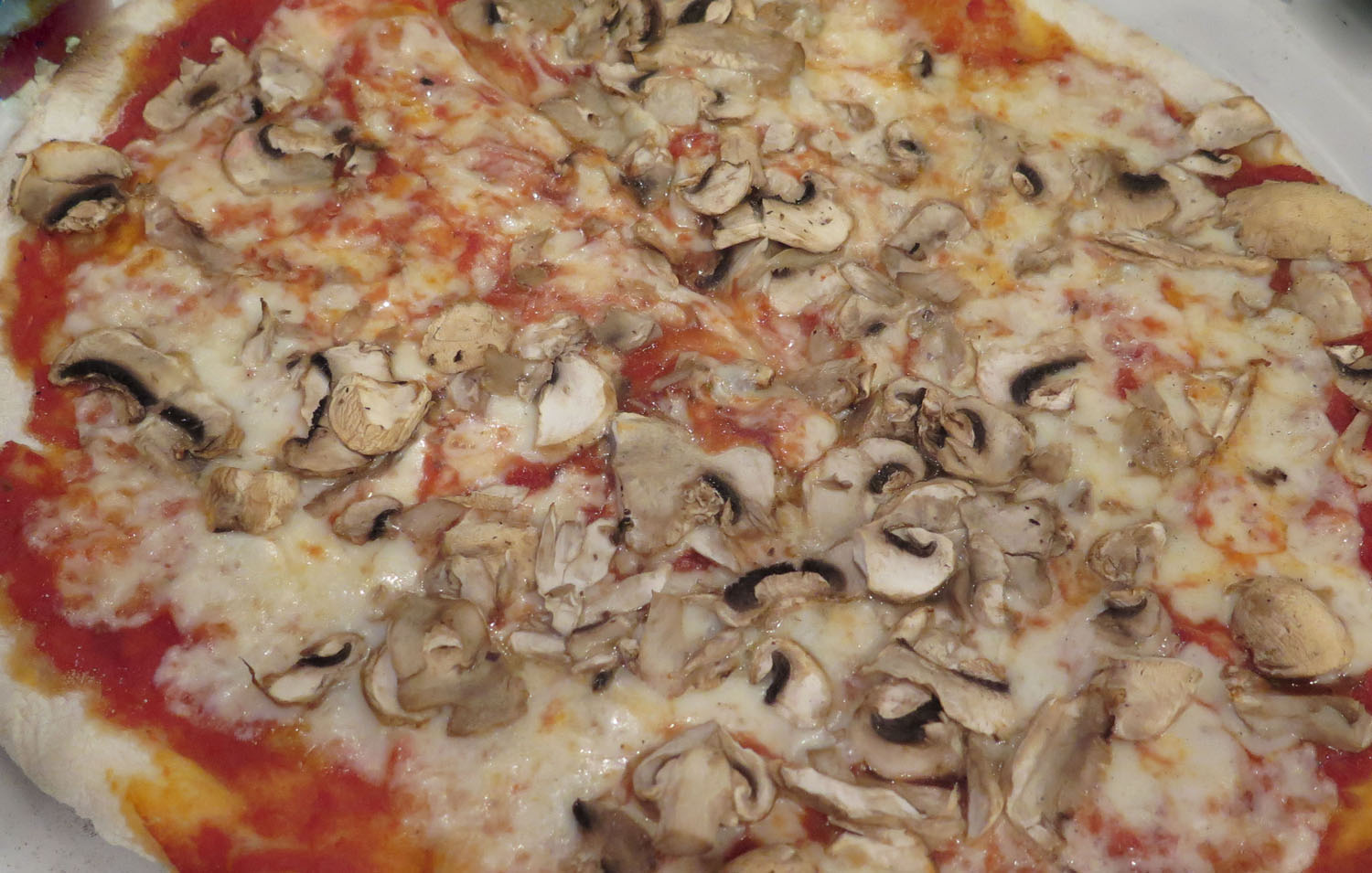 Italy-Rome-Food-And-Drink-Pizza