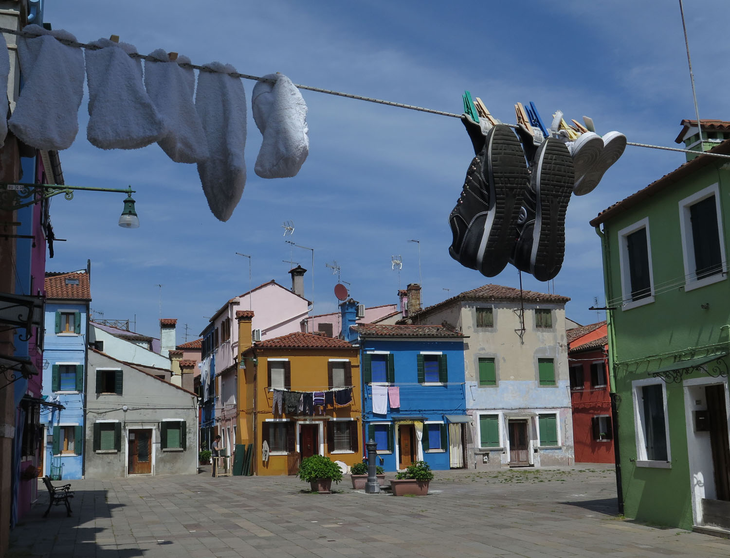 Italy-Venice-Islands-Burano-Colorful-Houses
