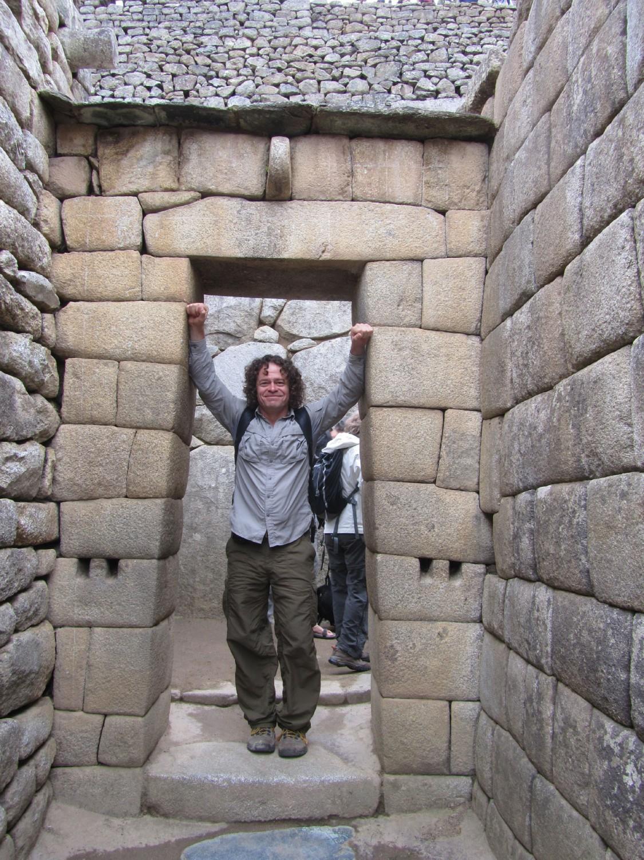 Peru-Machu-Picchu-Doorway
