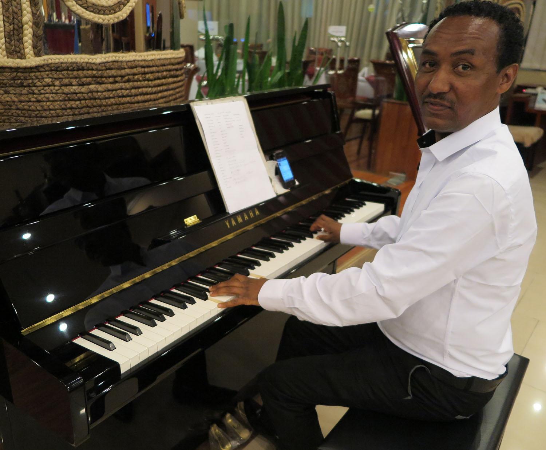 Ethiopia-Addis-Ababa-Music-Mitiku-Jupiter-Hotel