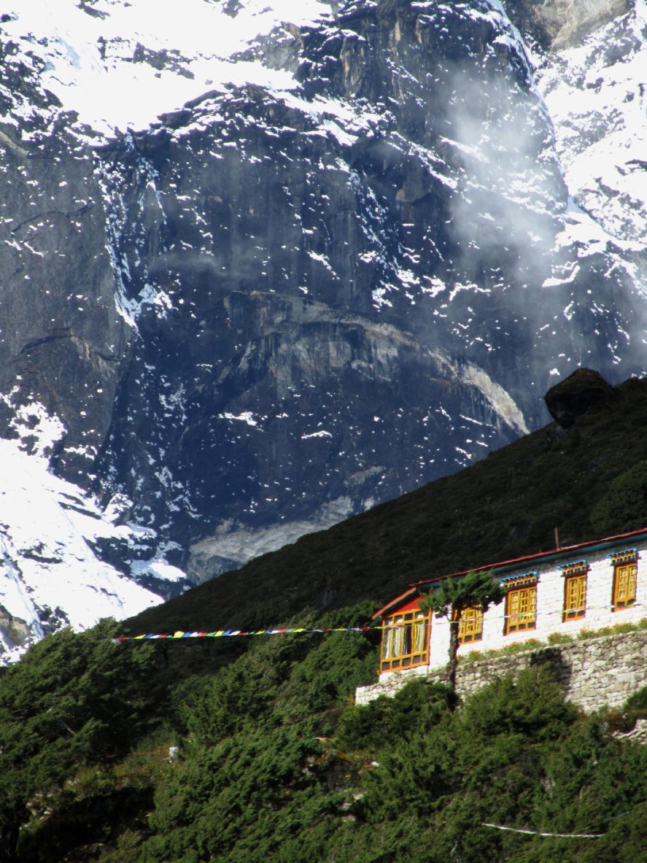 Nepal-Everest-Region-Trek-Day-07-Thame-Sheer-Wall
