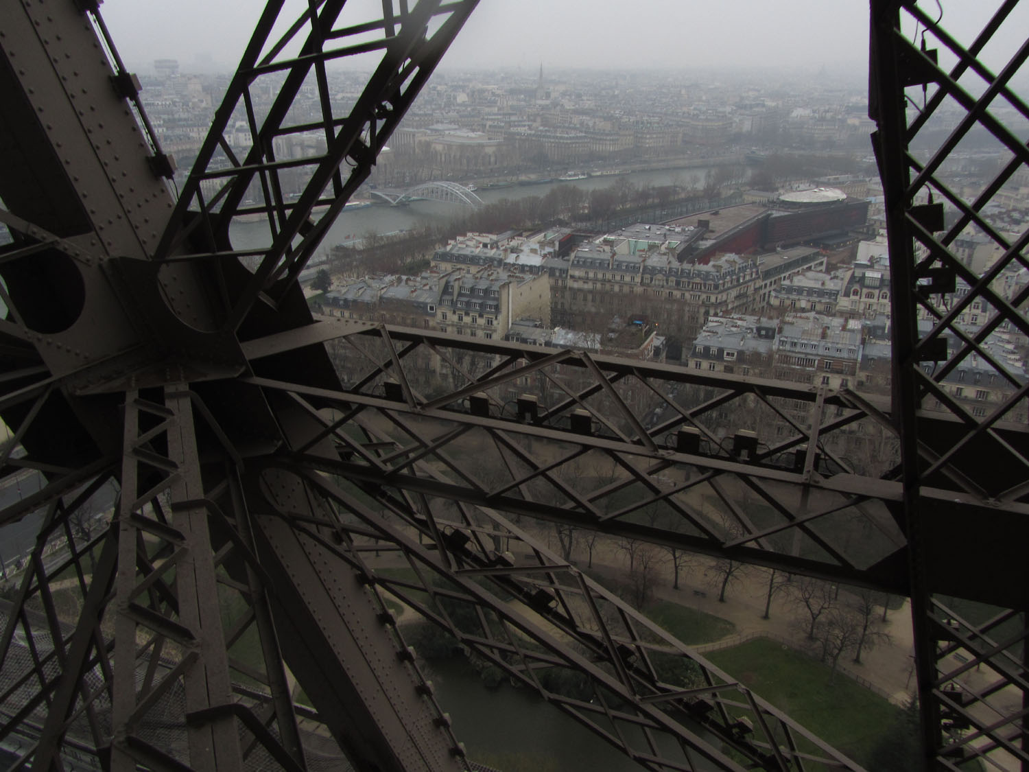 France-Paris-Eiffel-Tower-Climb