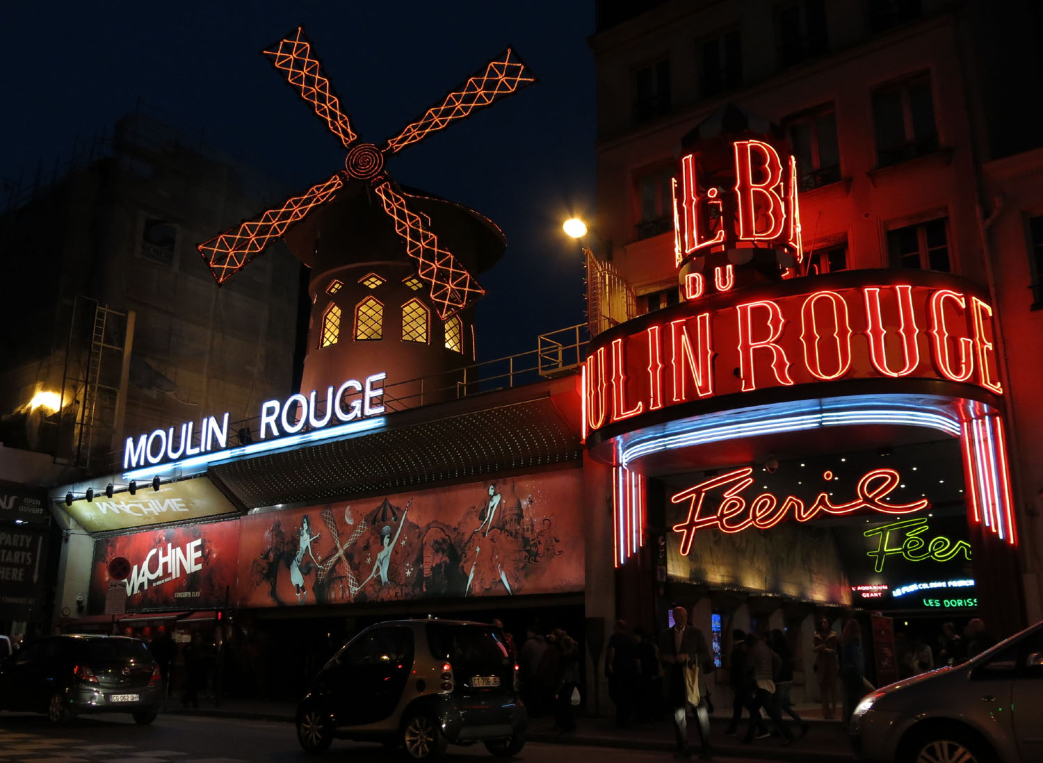 France-Paris-Moulin-Rouge