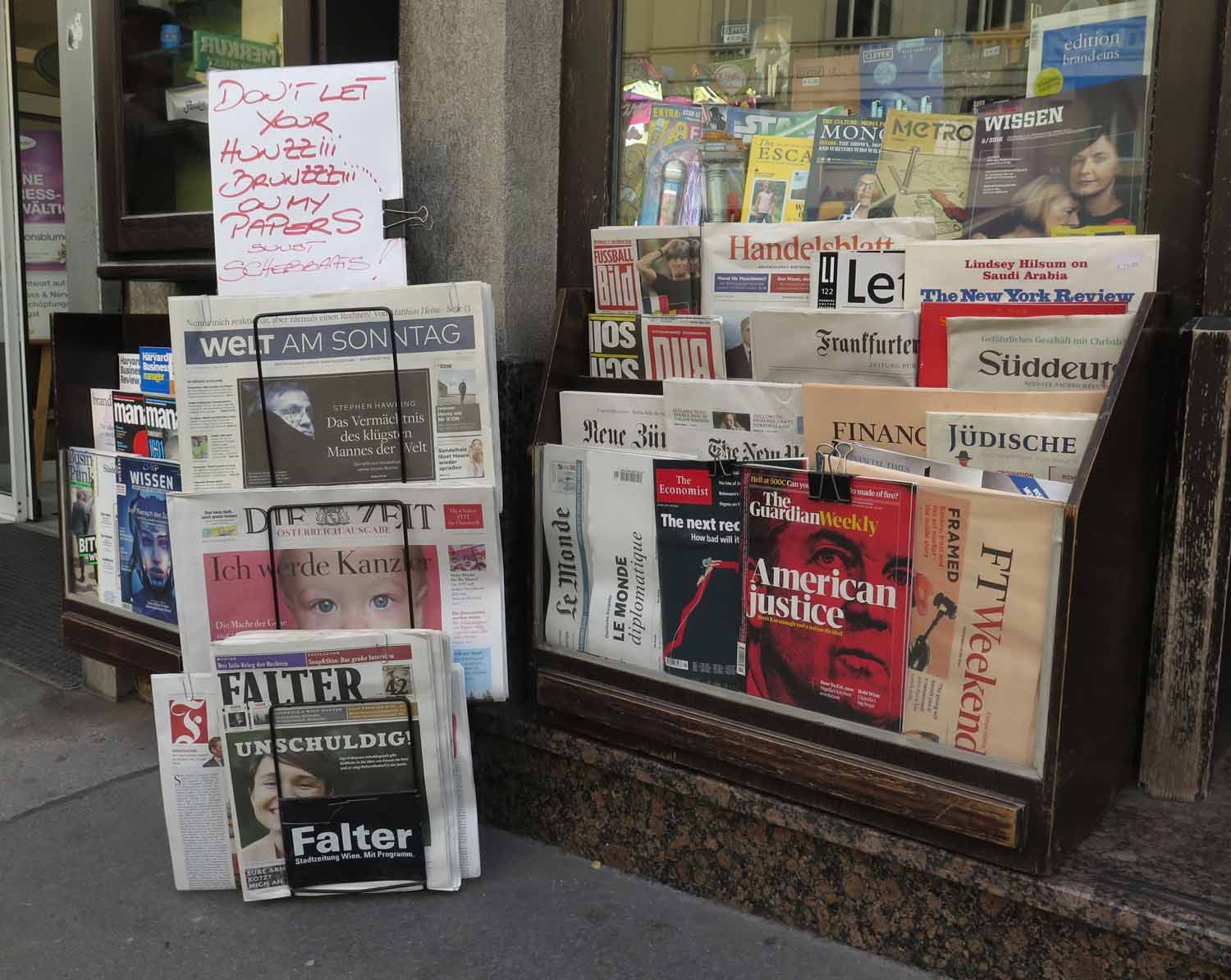 Austria-Vienna-Street-Scenes-Newspapers