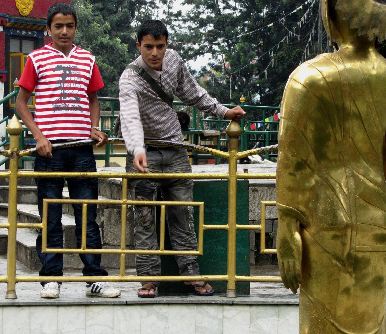 Nepal-Kathmandu-Monkey-Temple-Wishing-Well
