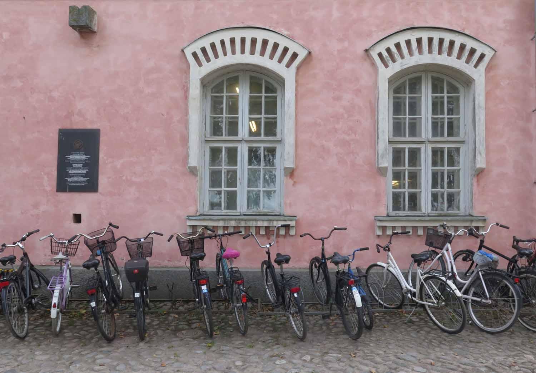 Finland-Helsinki-Suomenlinna-Bicycles