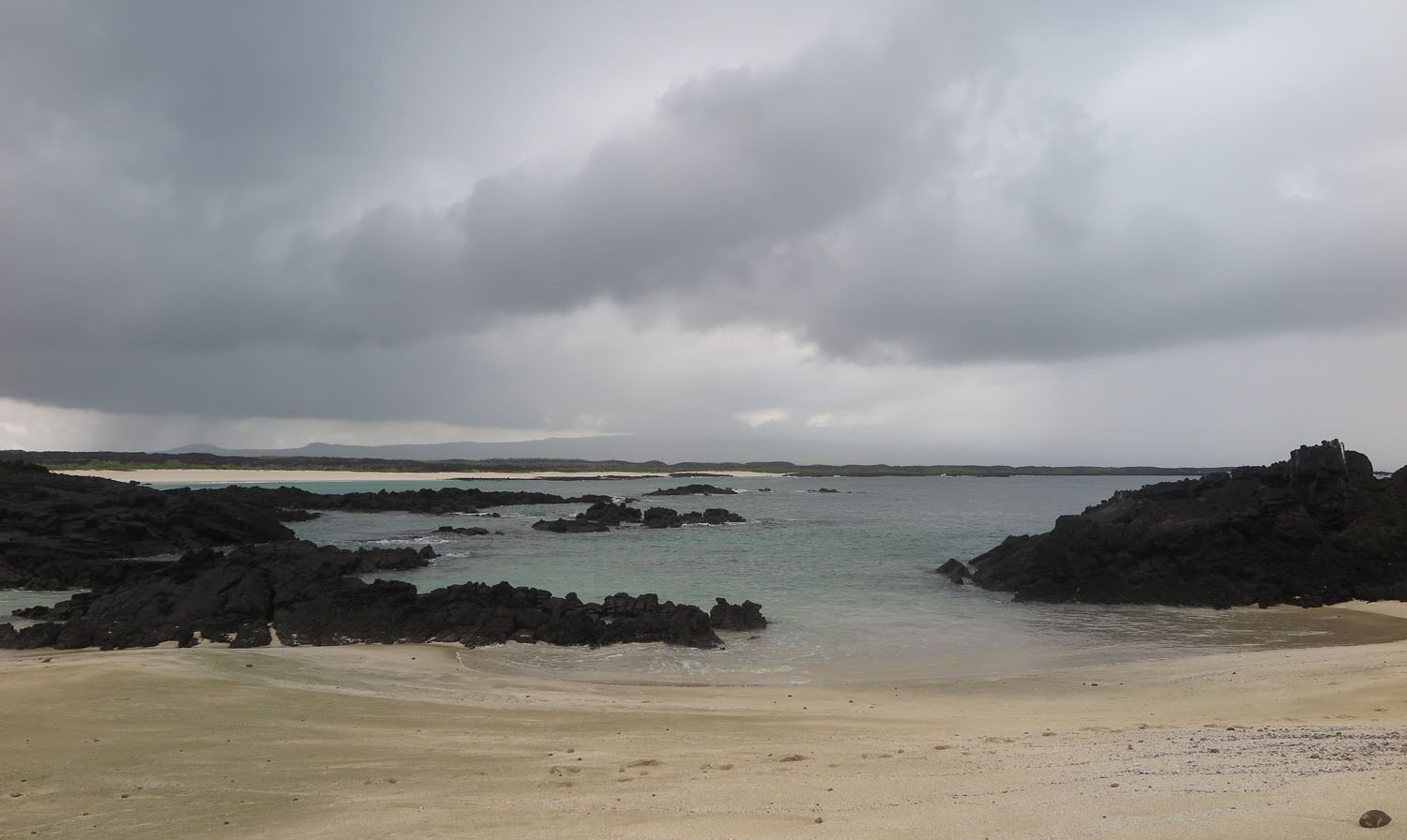 Ecuador-Galapagos-Scenery-Secluded-Bay
