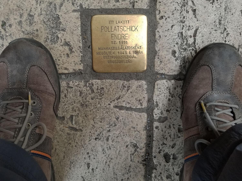 Hungary-Budapest-Holocaust-Victim-Memorial-Plaque-2