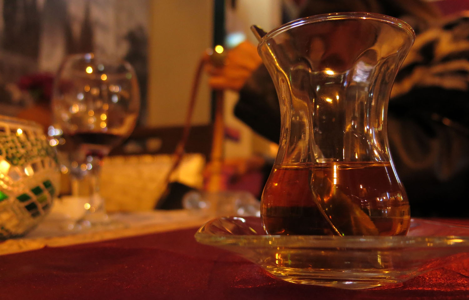 Turkey-Istanbul-Food-And-Drink-Tea